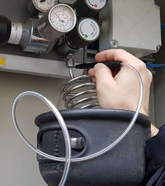 Lokalizacja wycieków gazów w laboratoriach i przemyśle